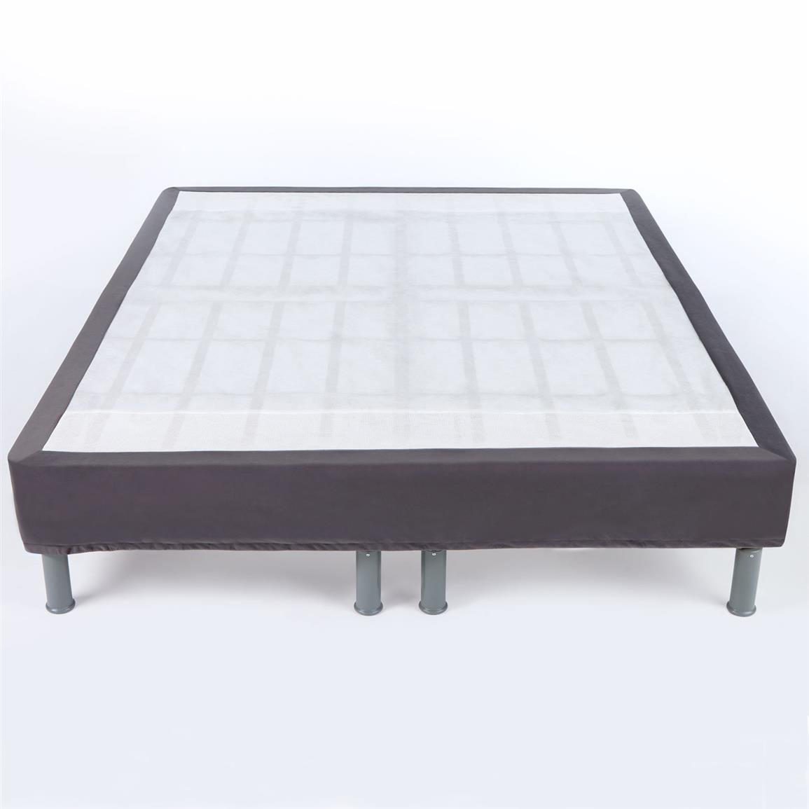Quilted cover that emulates a box spring