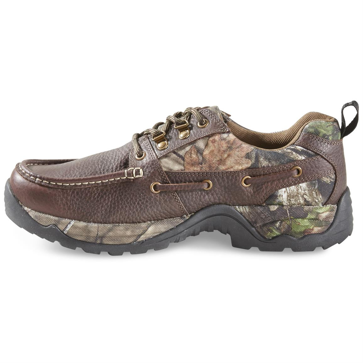 Uppers are a combination of leather and Mossy Oak Break-Up COUNTRY nylon for durability