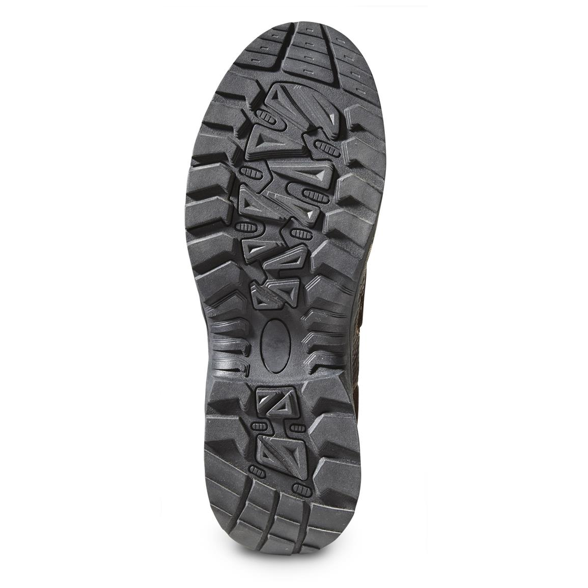 Aggressive rubber outsole can easily go off-road