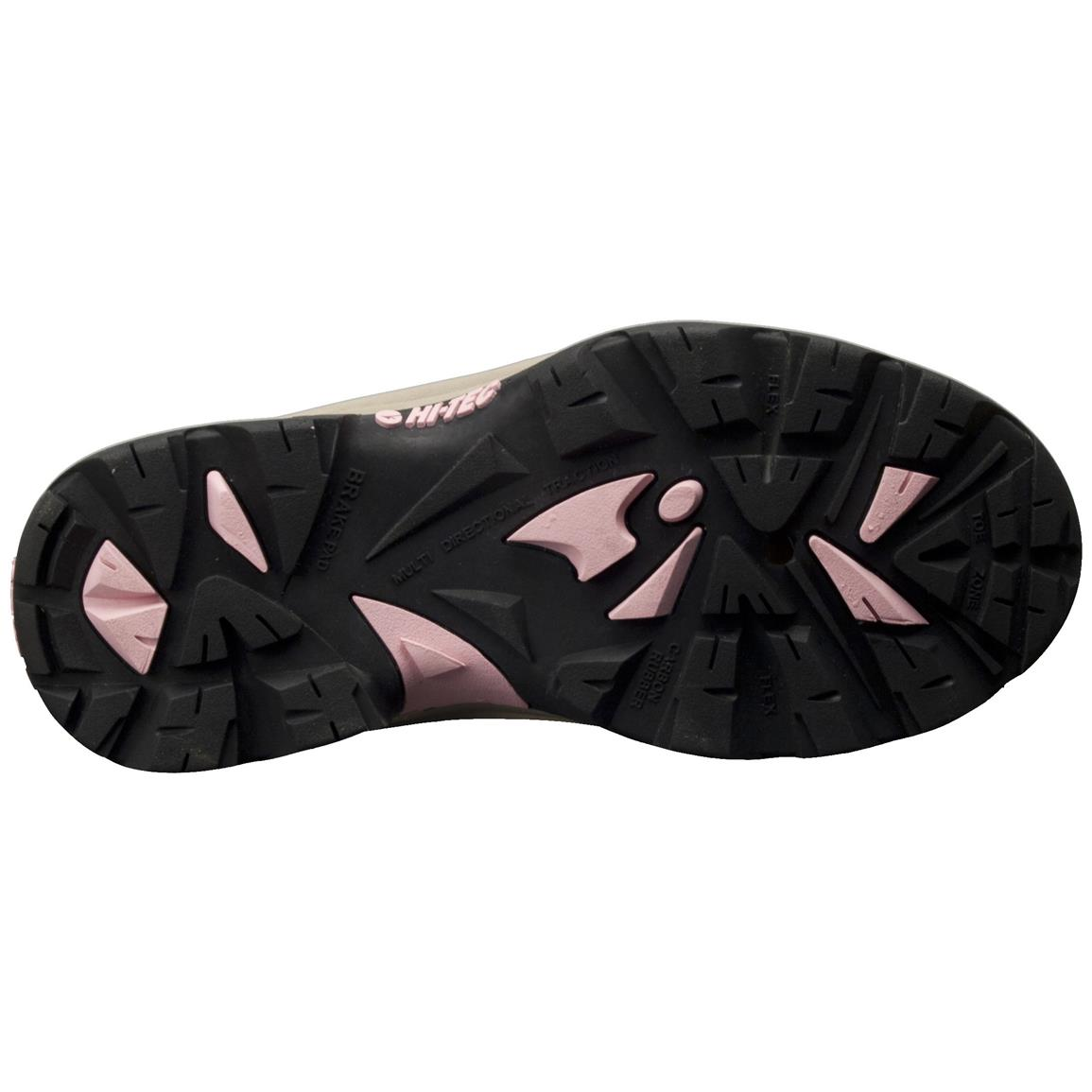 Sturdy rubber cup outsole provides greater stability and protection