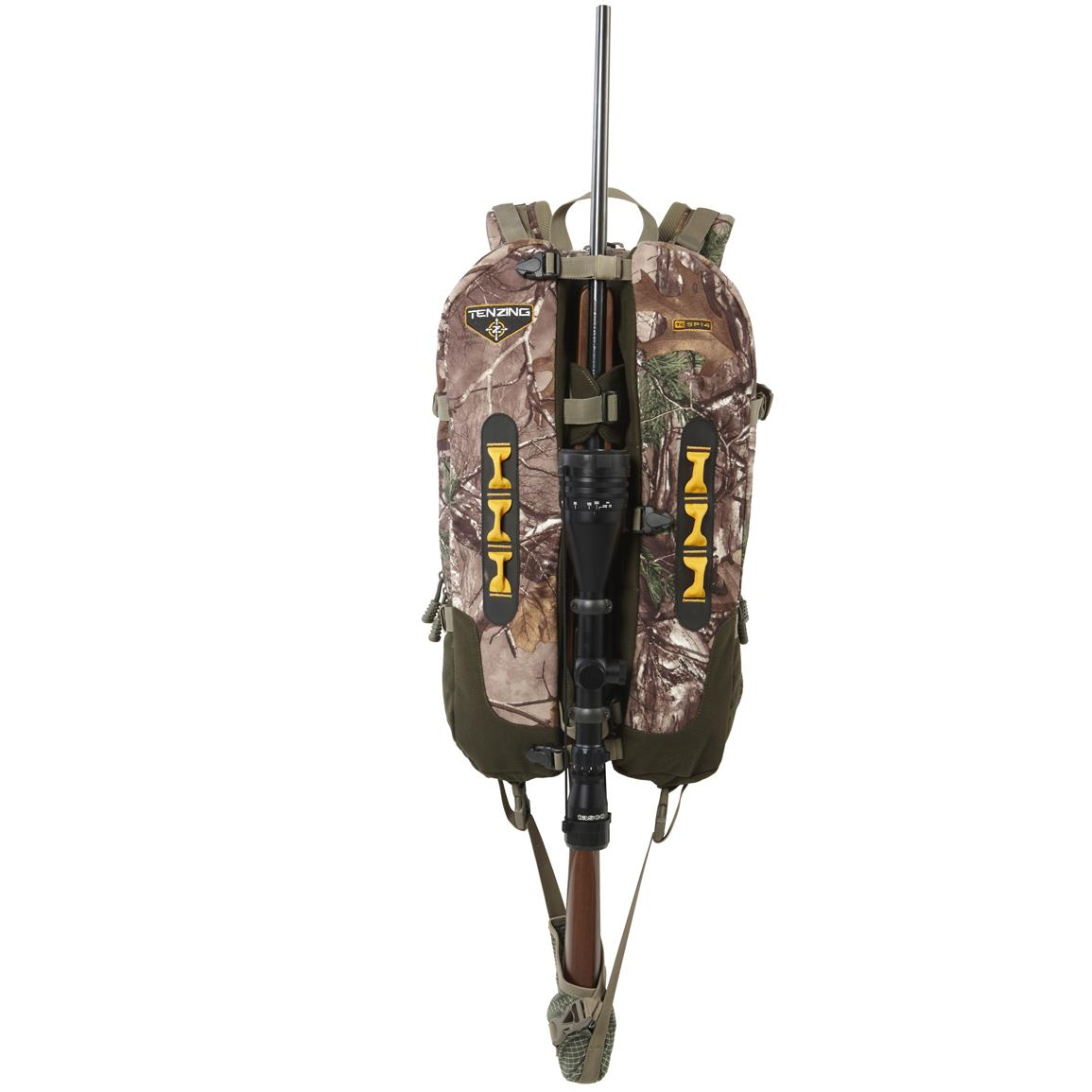 Split through center of pack to carry crossbow or rifle