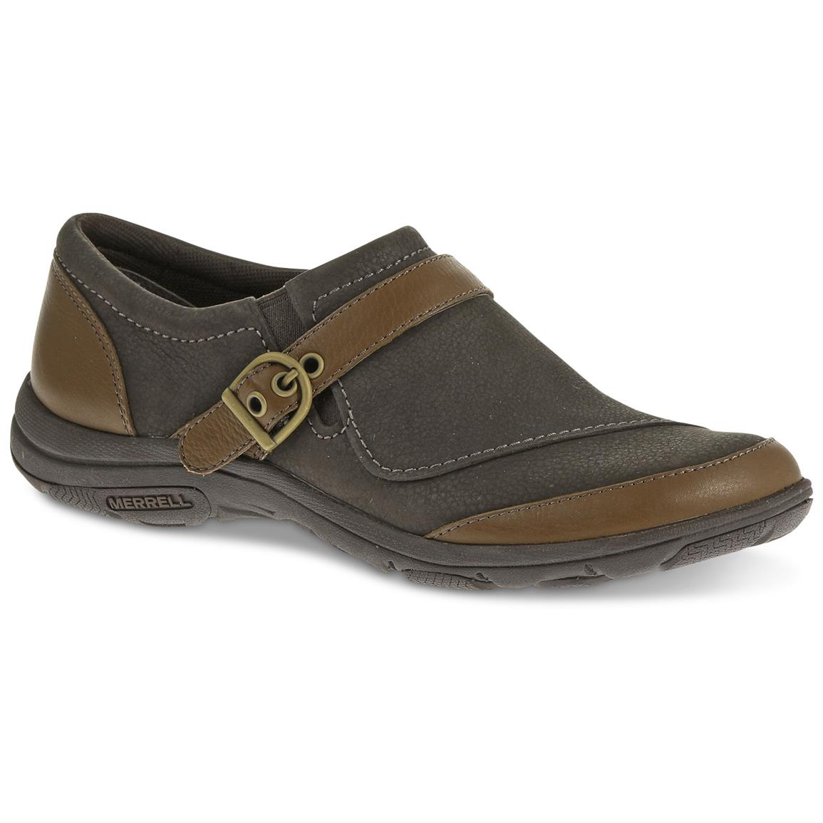 Merrell Women's Dassie Buckle Casual Shoes, Brown / Charcoal