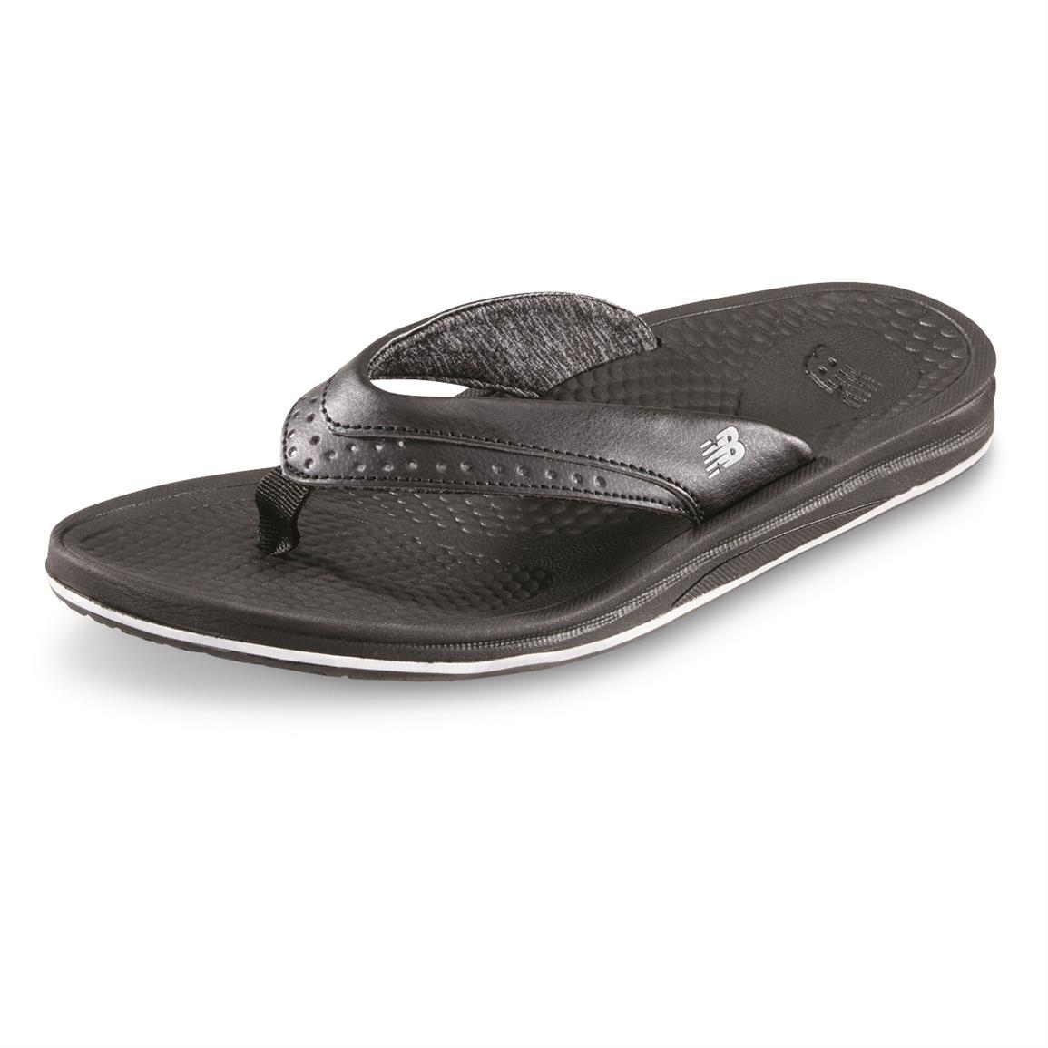 New Balance Women's Renew Thong Sandals, Black