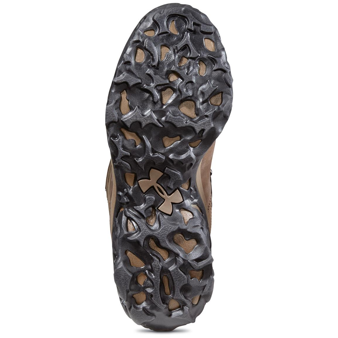Aggressive rubber lug outsole sheds mud and debris