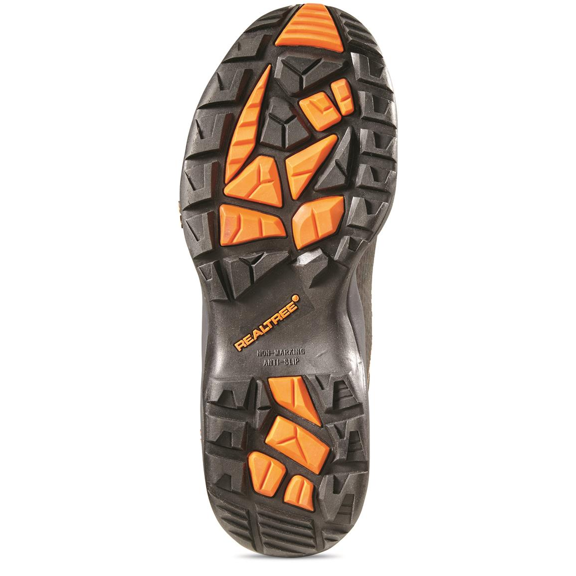Non-marking rubber outsole provides rugged traction