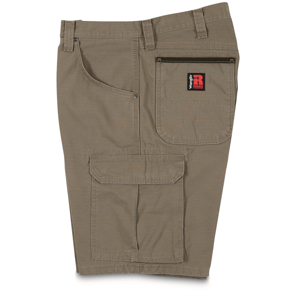 Roomy side cargo pockets with flaps and concealed snaps