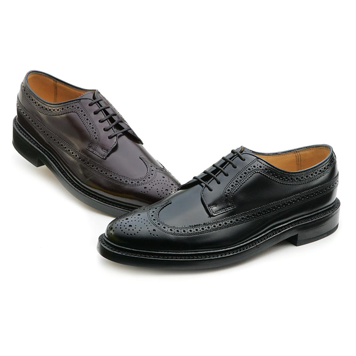 What Are Wingtip Dress Shoes