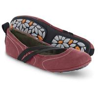 Acorn Women's Via Wrap Shoes, Berry